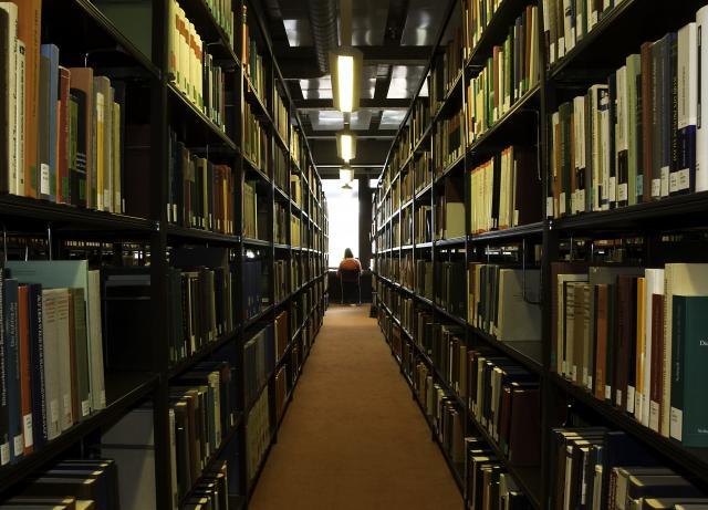 Bibliothek_03